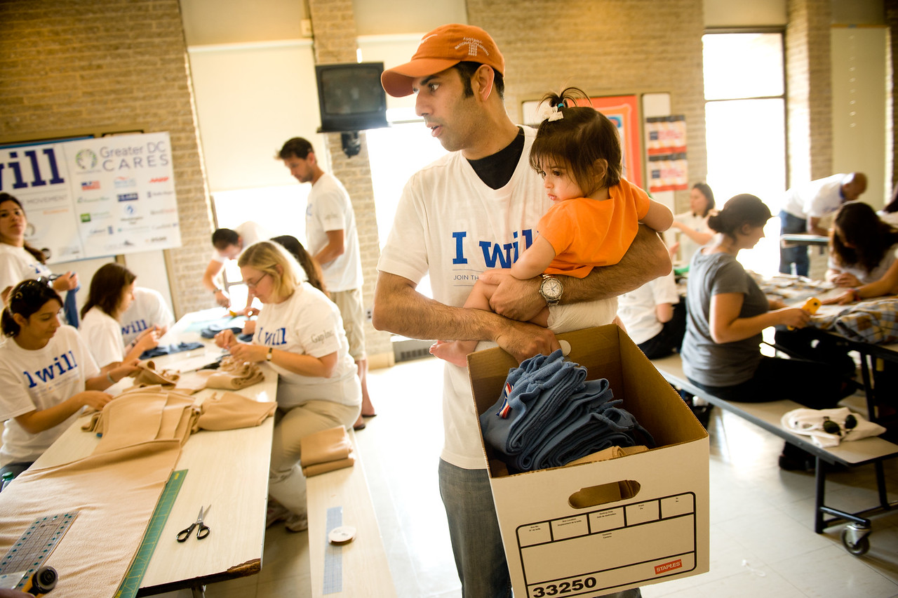 Large numbers of people volunteered for the 2011 9/11 Day of Service and Remembrance across America.