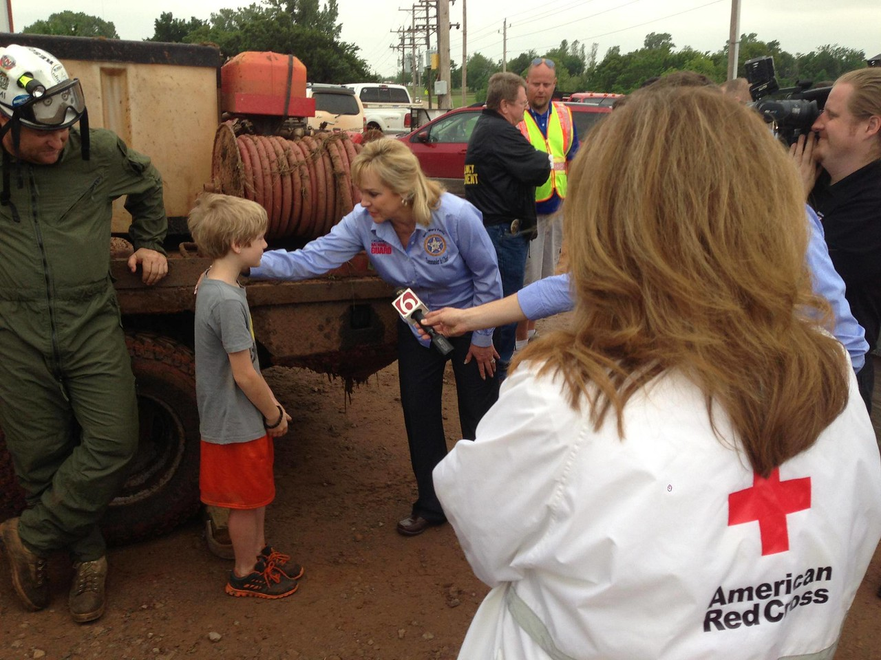 Oklahoma Governor Mary Fallin tours Carney, OK on Monday, May 20, 2013 accompanied by Red Cross staff and volunteers. (Photo courtesy of American Red Cross of Central and Western Oklahoma)