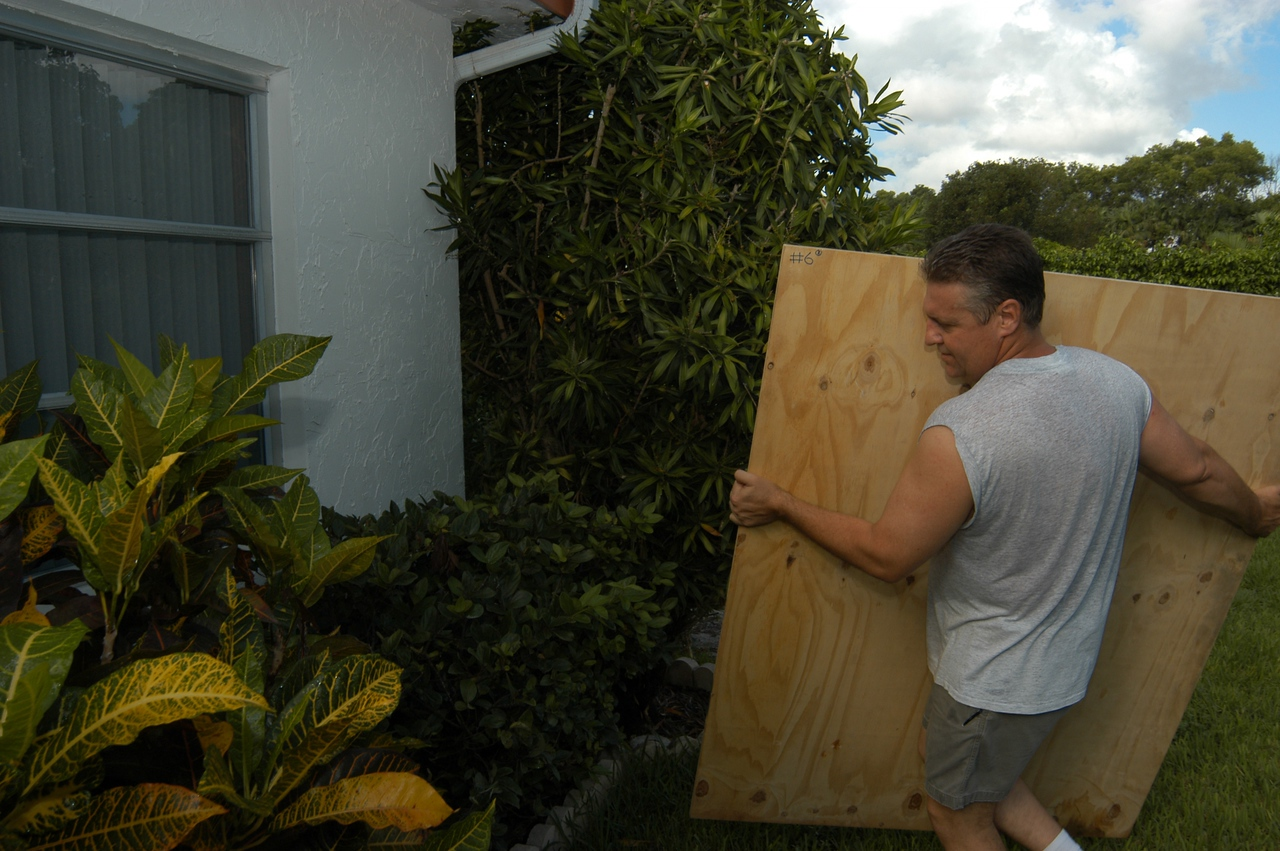 Coral Springs, FL, September 02, 2004 -- Brian Dorian  boards up his windows in preparation of Hurricane Frances.  FEMA Photo/Mark Wolfe