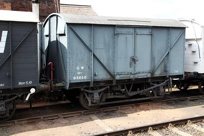 12t Vent Goods Van 65620 at Bewdley  20/07/13.