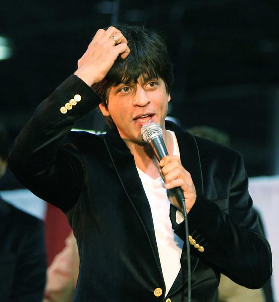 ShahrukhKhanChicagoFan6-SnapsIndia
