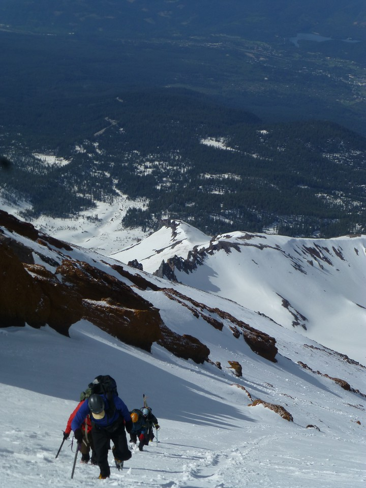 A group of 5 climbers behind us, Casaval Ridge in the background.