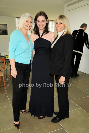 Gioia diPaolo, Sarah Huberty, Catherine Ross<br /> photo by Rob Rich © 2010 robwayne1@aol.com 516-676-3939