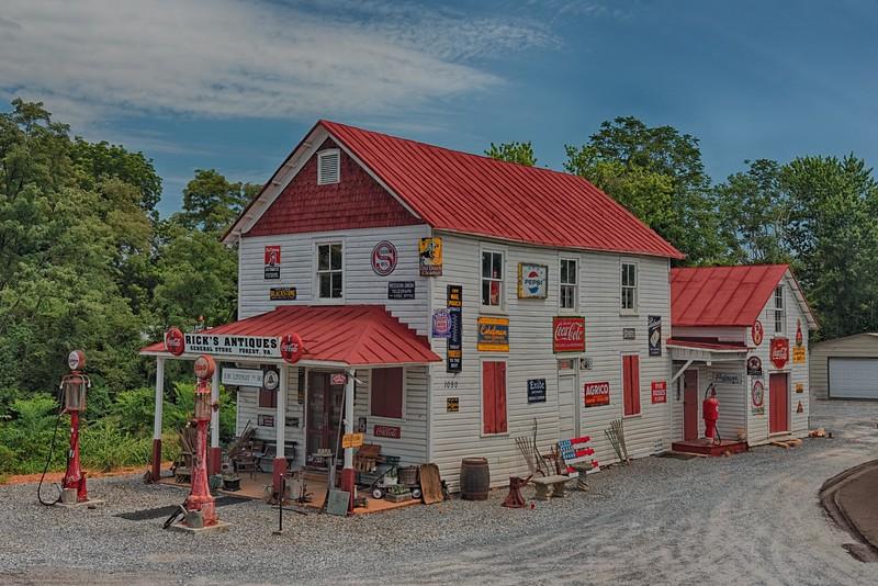 Rick's Antiques, Forest, VA
