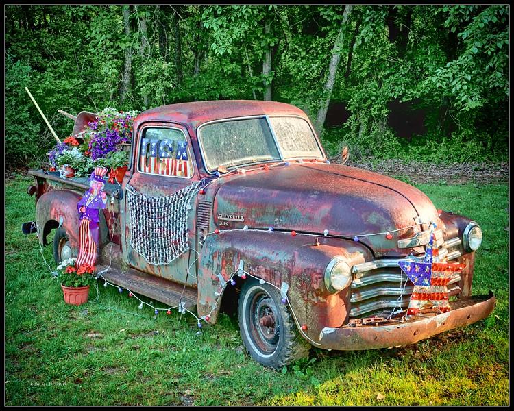 """""""Welcome Wagon"""" at Shenandoah, VA, town limit"""