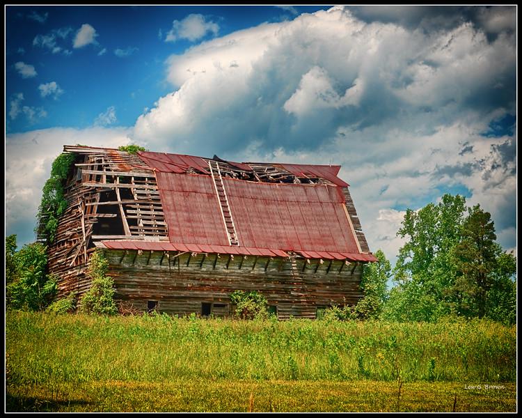 """Barn with emergency """"escape ladder.""""  Virginia Hwy 20."""