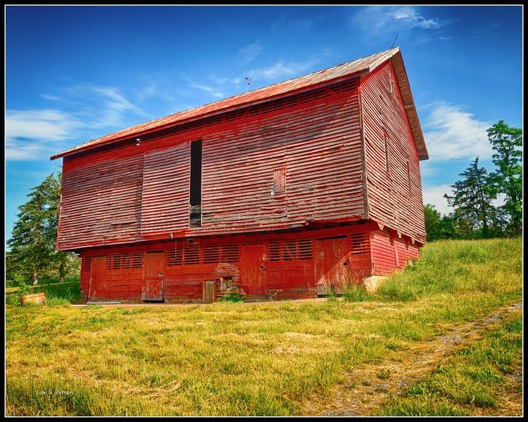 Red barn, McGaheysville, VA