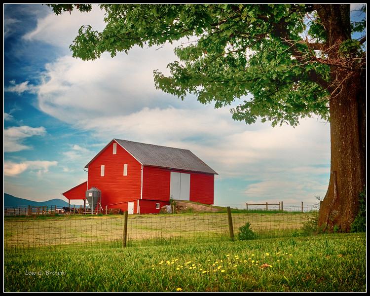 Red Barn, Highway 33
