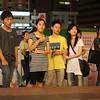 Onlookers in Dongmen