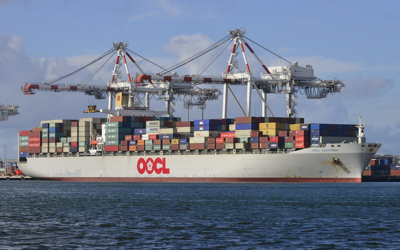 OOCL California in Brisbane 2014