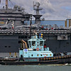 PB Murrumbidgee cruises past USS George Washington in Brisbane 2013