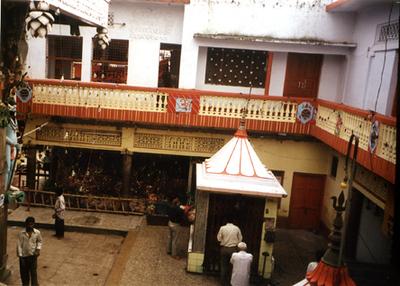 temple court yard lucknow SHANKAR