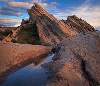 Vasquez Rocks where the juniper woodlands meet the Western edge of the Mojave Desert.  Aqua Dulce, California.