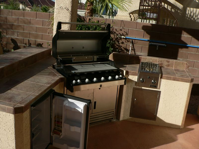 My brand new outdoor kitchen!!