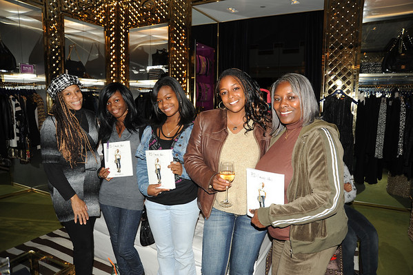 Denise Ware, Tammie Cross, Raegene Johnson, Leea Woodlin, Carole Woodlin, enjoyed the necklaces that the book describes can be made.