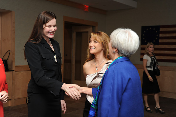 Actress Geena Davis, Jane Seymour and Lynn Yekal.