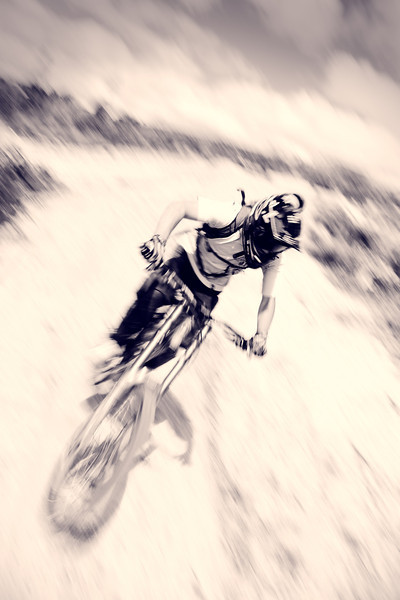 Bike Blur - Downhill Mountain biking