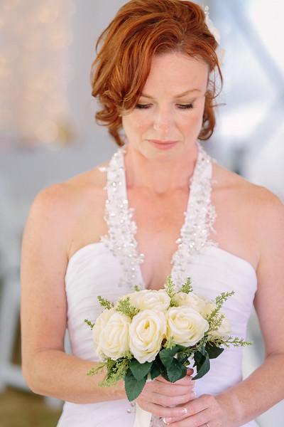 Nice understated wedding bouquet
