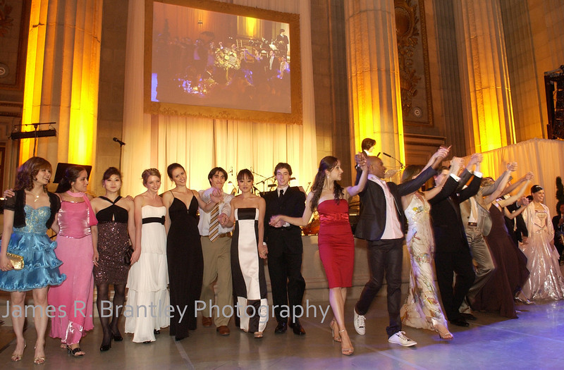 Washington National Ballet company members take a bow during the annual gala at the Mellon Auditorium in Washington, DC.    (James R. Brantley)