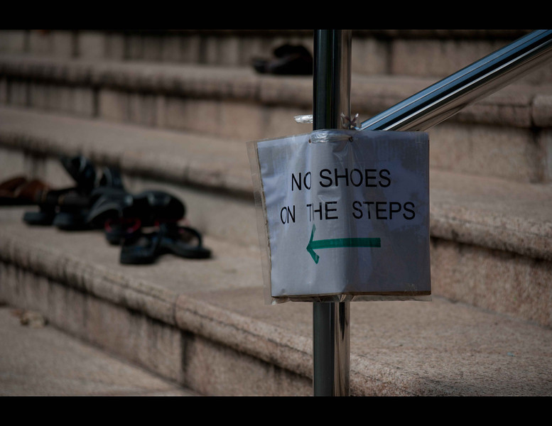 But even in a controlled society the human spirit (and behaviour) can be diificult to guide or control.  This sign was on the staircase of a Hindu temple in Singapore.  Of course the stairs were covered in the shoes of those who had gone inside to pray.