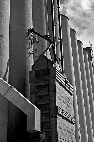 Grain elevators in Burlington, CO<br /> ©2008 Peter Aldrich