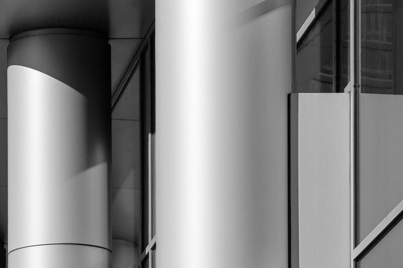 Monolithic<br /> ©2015 Peter Aldrich