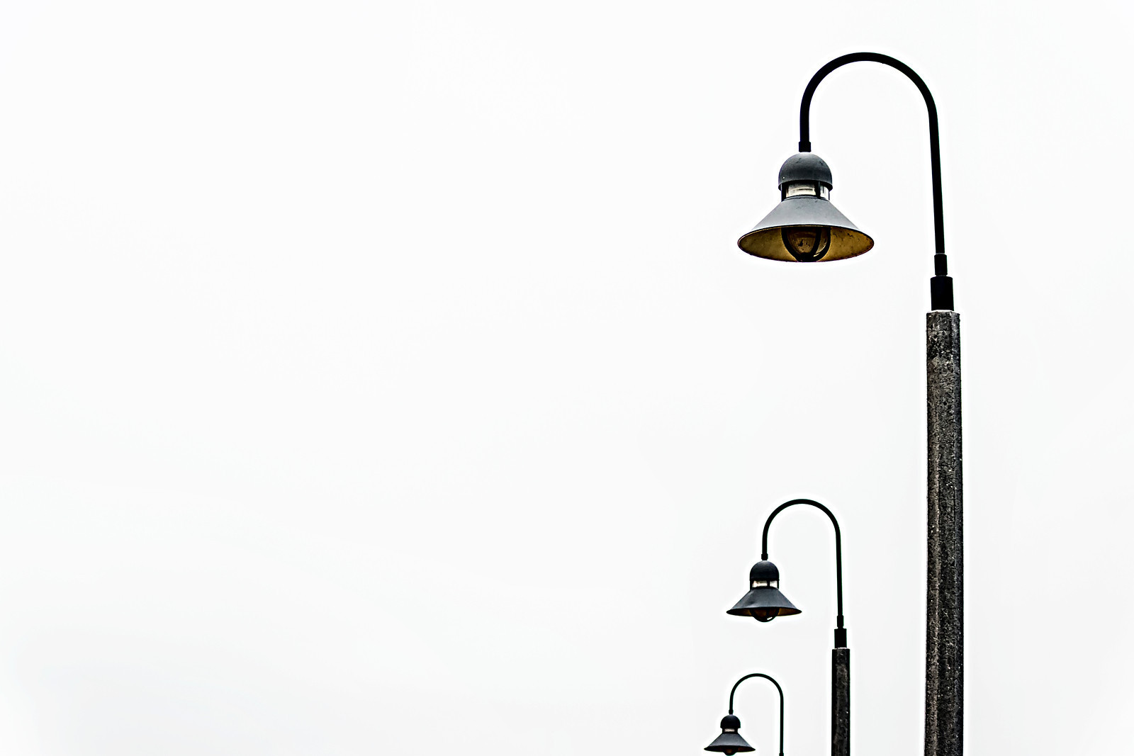 Tiered Lamp Posts