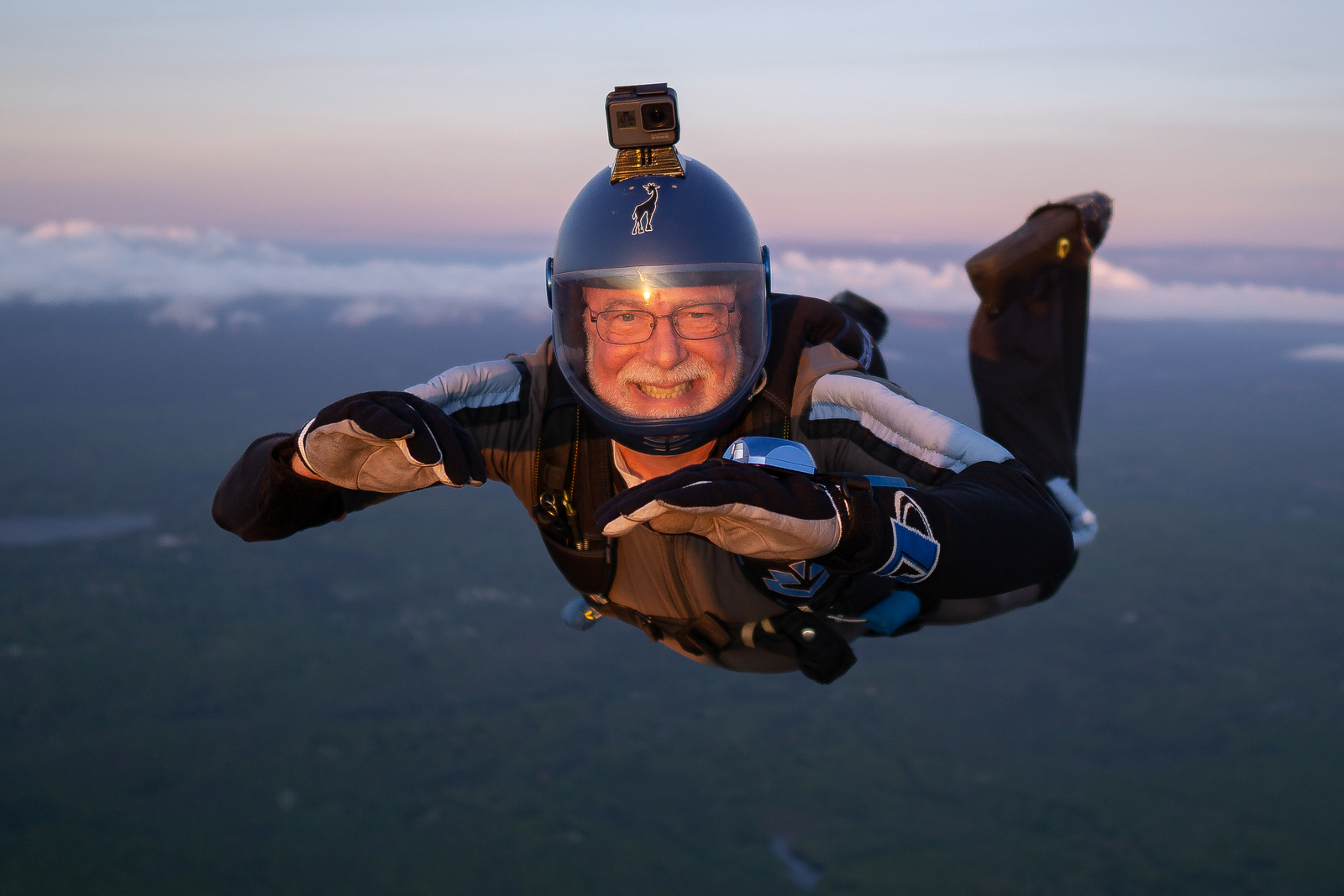 """One last smile. I think my new, very heavy lens will work just fine. <br><span class=""""skyfilename"""" style=""""font-size:14px"""">2018-05-20_skydive_cpi_0351</span>"""