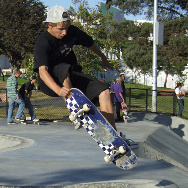 Air above bowl. Potrero del Sol skatepark, Potrero Ave. and 25th St., Potrero Hill District, San Francisco, California.