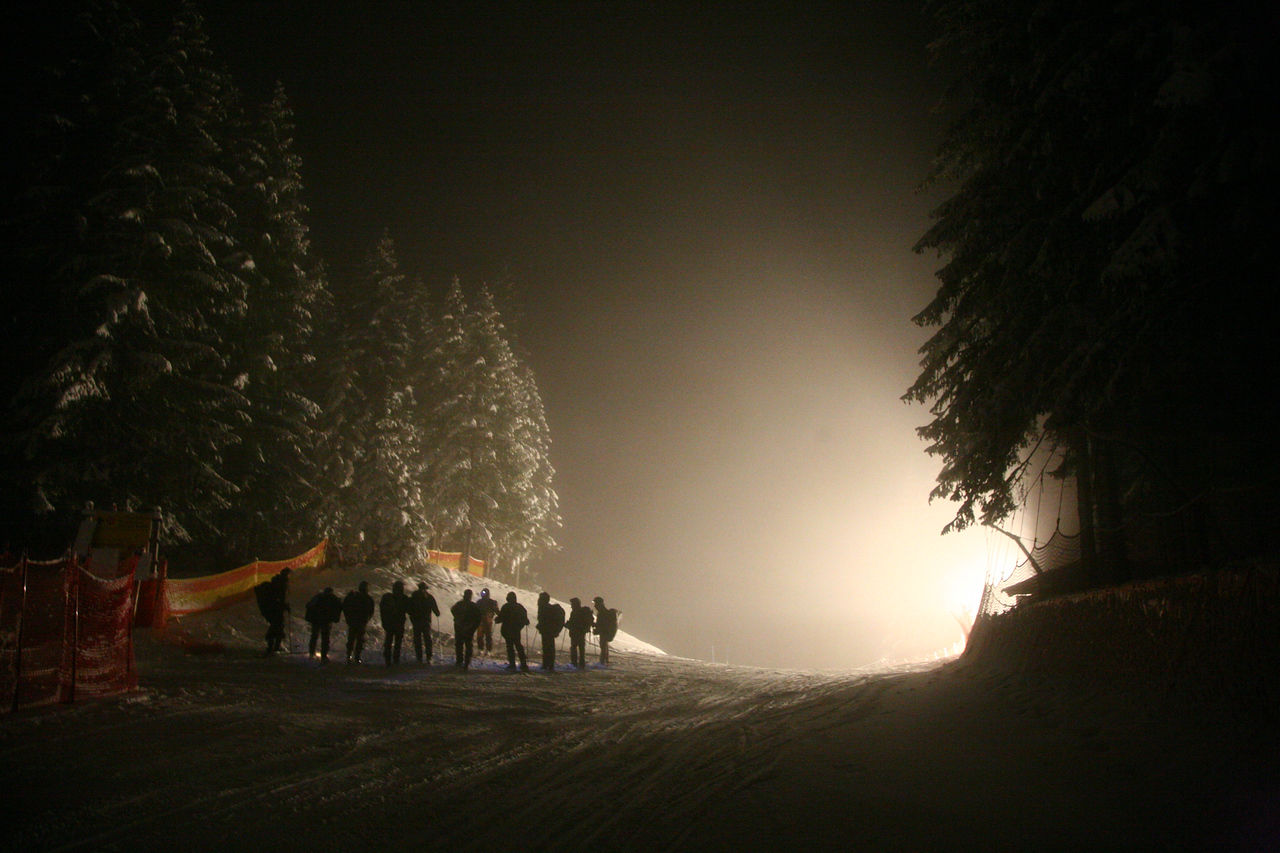 Kitzbühel slipping at five in the morning.