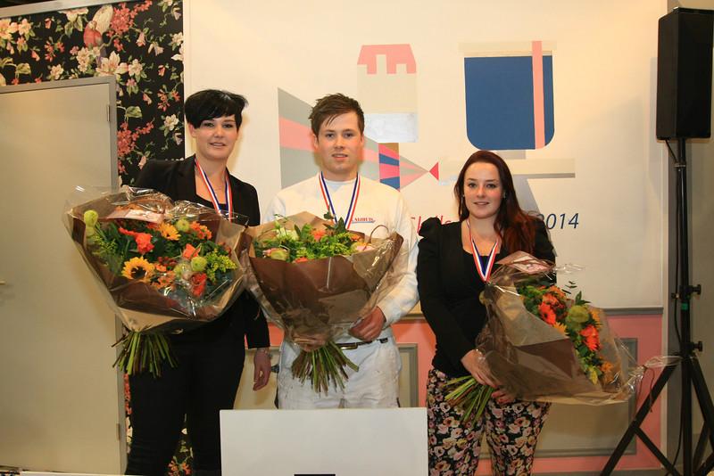 V.l.n.r. Sharina Kuiper - 2e plaats, Niels Koopman - 1e plaats, Natasja van der Velde - 3 plaats -- NK Schilderen