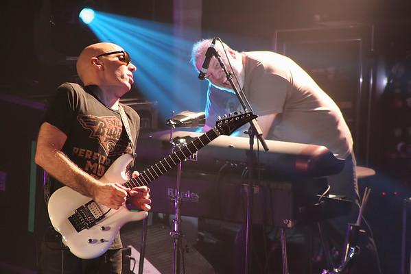 Joe Satriani - 2011