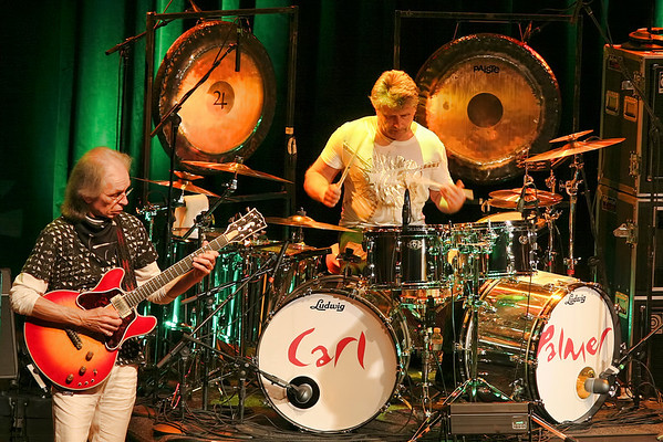 Steve Howe and Carl Palmer of ASIA - 2010