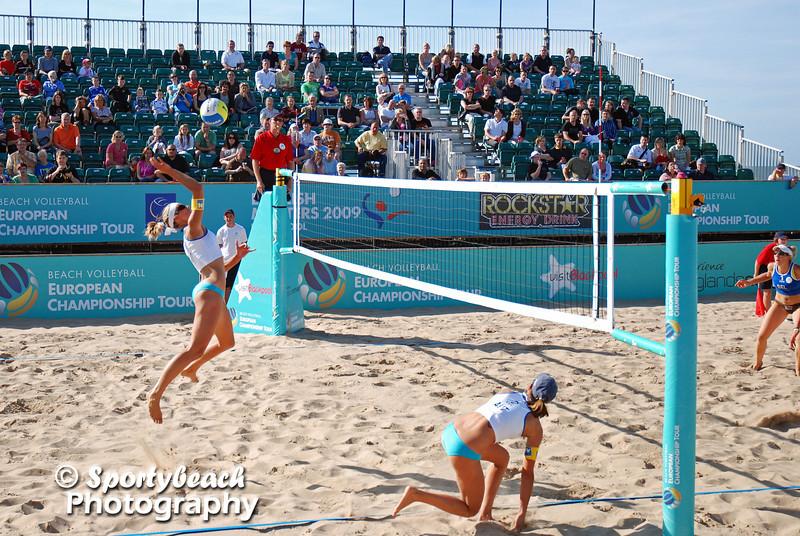 CEV Beach volleyball - Doris Schwaiger and Stefanie Schwaiger