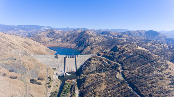 Pine Flat Dam and reservoir