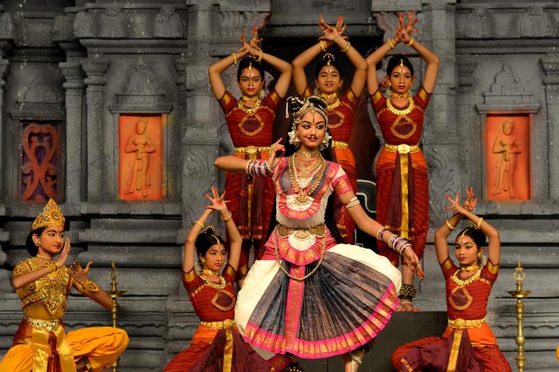 "Bharatham: Janani Jagath Karani, dance drama. Sri Devi Nrithyalaya, Chennai. Guru: Sheela Unnikrishnan. Performance at Chidambaram Natyanjali Dance Festival 2015 held at Chidambaram in February 2015. The festival is known for its serenity and uniqueness of the devotion of the dancers dedicating their ""Natya"" (Dance) as ""Anjali"" (Offering) and worship to the Lord of Dance - Lord Nataraja (Shiva)."