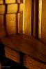 """""""El viejo banco de madera de la entrada"""" - Hoy no tenía nada nuevo así que he 'tirado' de una alternativa de hace unos días. Llegué a casa a eso de las 7 de la tarde (sí, sí, había salido porque tuve un cita con el médico), el sol entraba por la ventana y daba justo en este banco de madera que tenemos en la entrada.<br /> <br /> """"The old wooden bench at the entrance"""" - I had nothing new from today so I have posted this alternate from a few days ago. I arrived home about 7 PM (yes, yes, I had gone out because I had an appointment with my doc), the sun was getting through the window and hitting this old wooden bench we have at the entrance."""