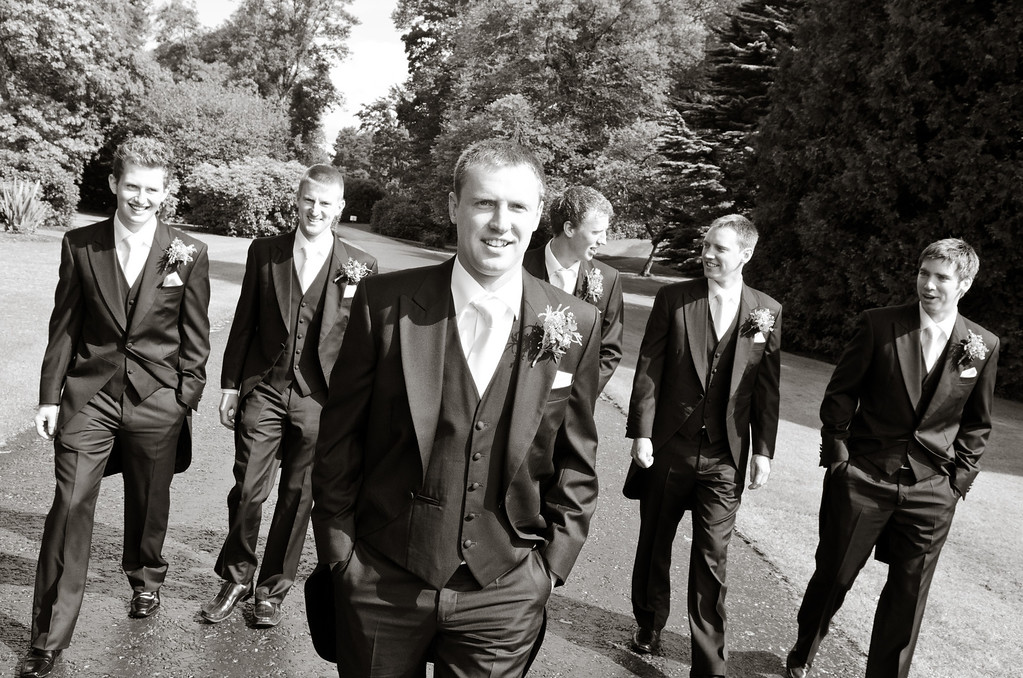 The lads take a relaxing stroll through the grounds of Montalto Estate