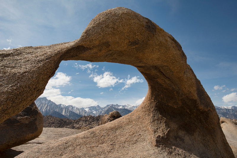 Mobius Arch, Mt Whitney, Alabama Hills, California