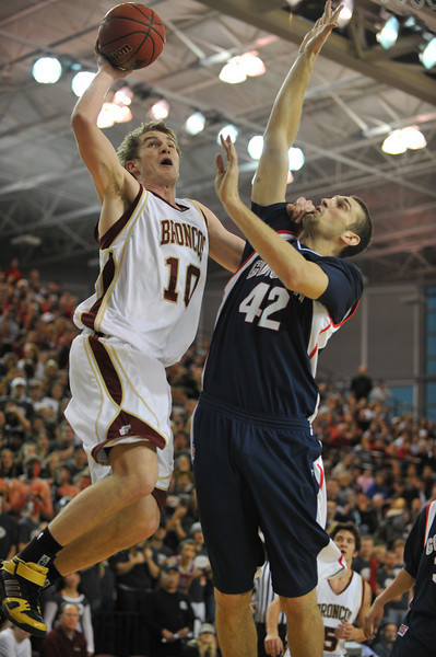 02 February 2008: Ben Dowdell during Santa Clara's 87-82 double-overtime loss to Gonzaga  at the Leavey Center in Santa Clara, CA.