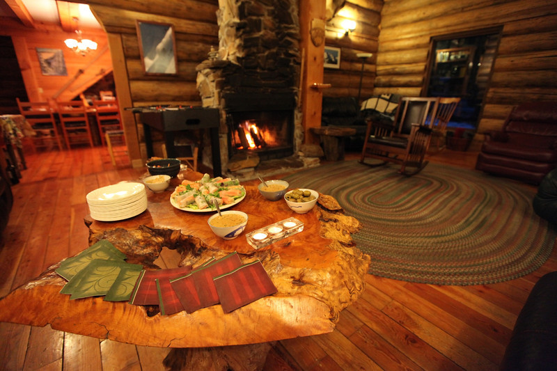 Lodge Living Room - Appetizers