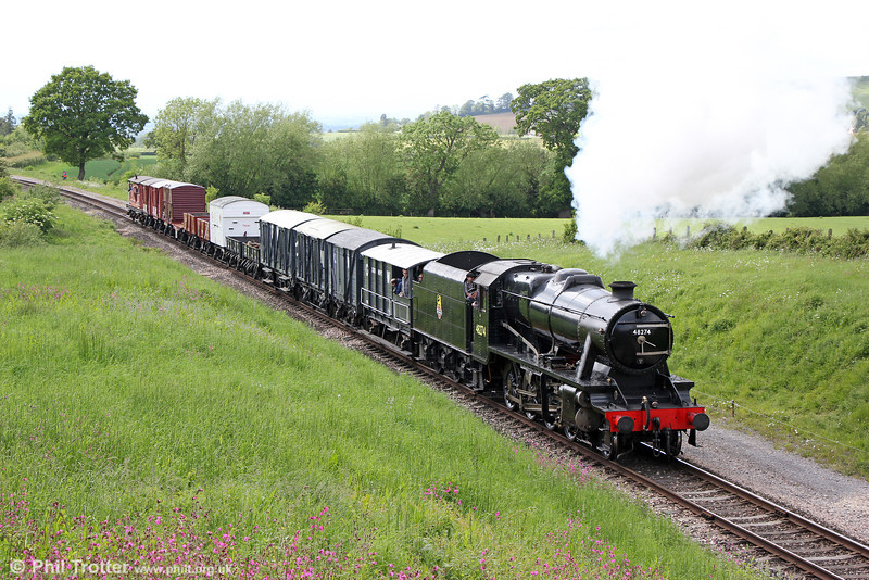 Currently running as BR 48274, ex-Turkish Railways and LMS Stanier 8F 2-8-0  no. 8274 passes Dixton with the 1445 Cheltenham to Laverton demonstration freight on 25th May 2014.