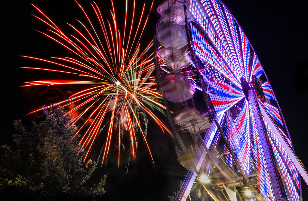Fireworks at the Webster Groves Community Days celebration on Saturday, July 6, 2013.<br /> <br /> © Copyright Philip Leara - Creative Commons - Attribution-NonCommercial-ShareAlike (CC BY-NC-SA 3.0)