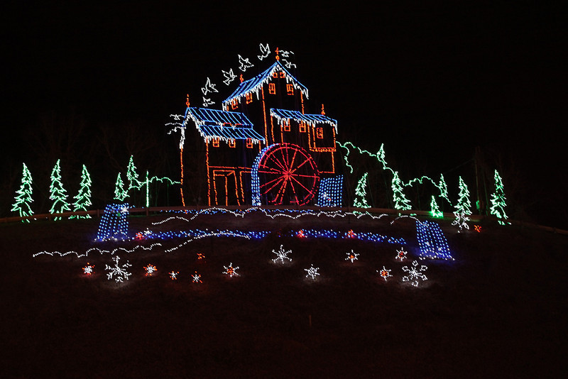 Christmas Lights in Pigeon Forge, TN
