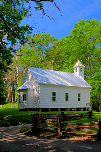 Missionary Baptist Church in Cades Cove
