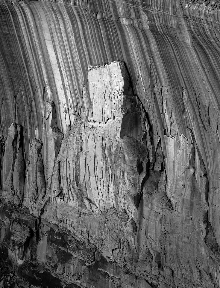 Mirroring the canyon below