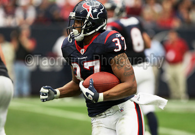 December 13, 2009 - Arian Foster rushes in his first game as a running back. The Houston Texans defeated the Seattle Seahawks 34-7 at Reliant Stadium in Houston
