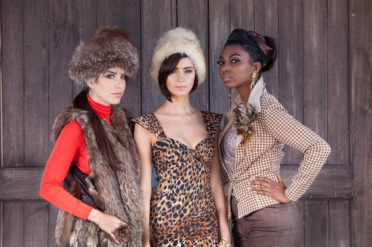 Models: Lauren, Hernandez, Mayra Camero, Jennifer Carabali