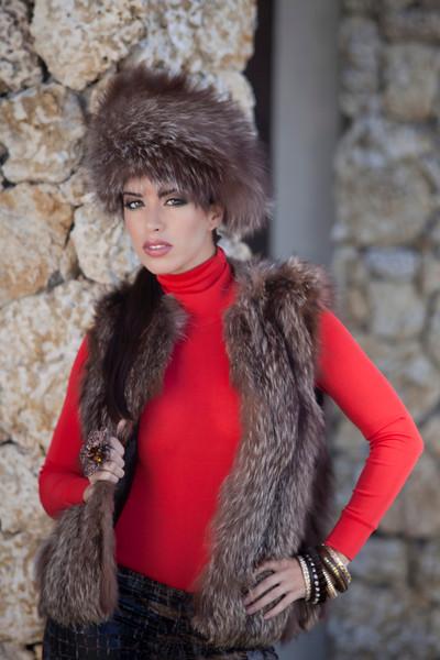 Model: Mayra Camero