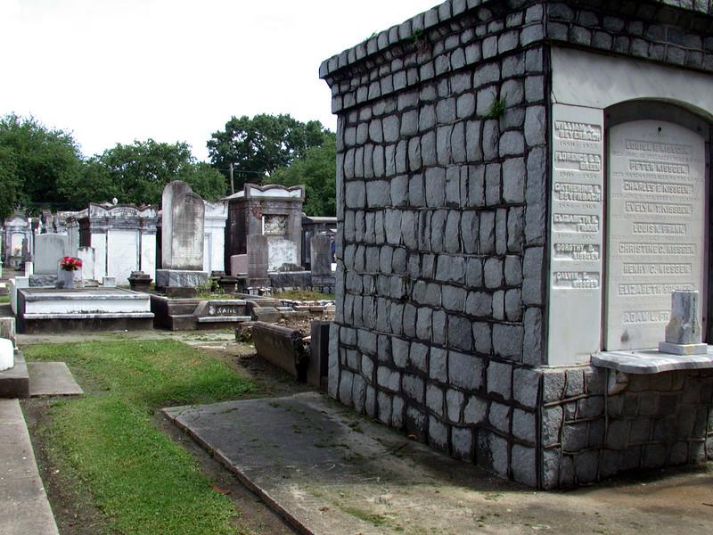Lafayette Cemetery (2).